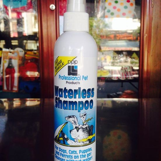 Dầu tắm khô cho chó mèo Waterless Shampoo
